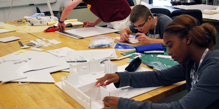 Students testing website