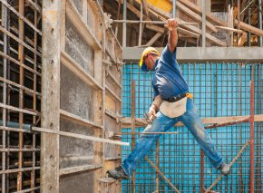 construction_industry_trends_risk_reward