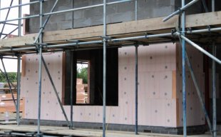 Traditional Construction / External Wall Insulation with Phenolic